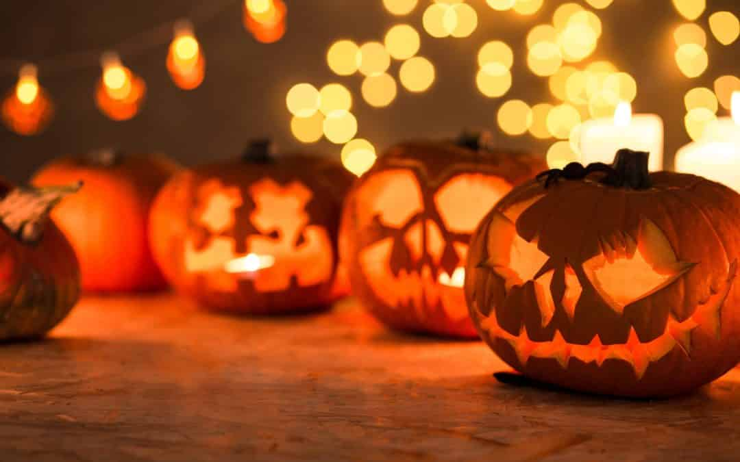 7 Ways to Have a Safe and Spooky Halloween